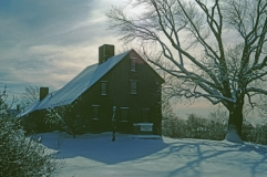 parkertavernc1694reading_ma_insnow_full