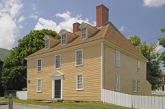 tobiaslearhouse_c1740_portsmouthnh_full