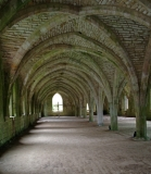 j_fountainsabbeyyorkshireenglandundercroft_full